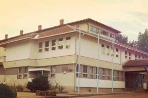 gimanzija i tehnicka skola u Vlasotincu