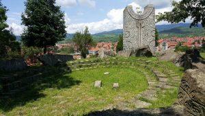 vlasotince staro groblje amfiteatar