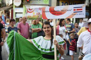 studenti folklor narodna nosnja foto SKC