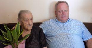 Baka Danica uz meze, rakiju, slaninu i beli luk dočekala 101.rođendan