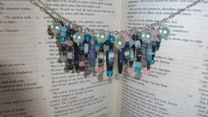 Cherry Blossom plava ogrlica