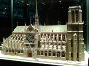 bogorodicna crkva pariz