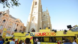 Chipsy DJ Tour autobus