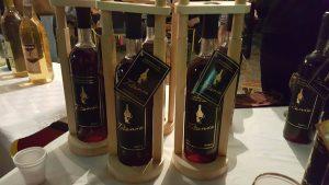 vino crna ribizla babusnica
