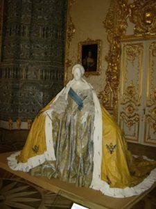 rusija-carica-haljina