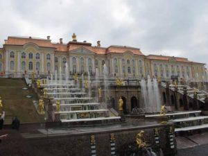 rusija-sant-petersburg-peterhof