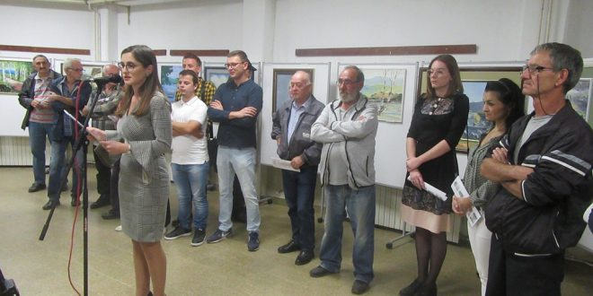 Otvoren Likovni salon u Vlasotincu