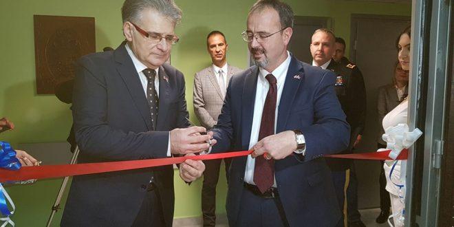 Američki ambasador otvorio genetsku laboratoriju u Nišu