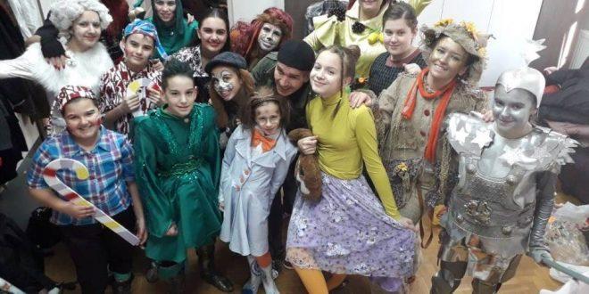 """Surdulički """"Čarobnjak iz Oza"""" najbolja predstava u Prokuplju"""