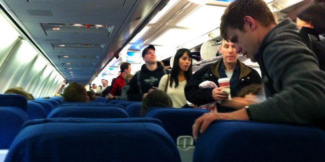 Šta znači tapšanje kad avion sleti?