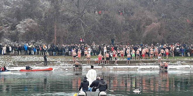 Lazar Milić prvi stigao do krsta u Vlasotincu