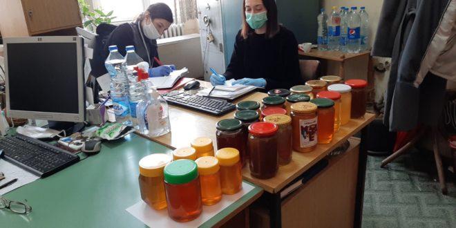 Pčelari poklonili med Štabu za vanredne situacije