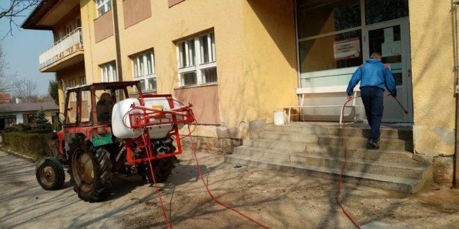 Redovna dezinfekcija svih javnih površina u Vlasotincu