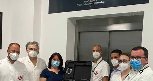 "Kompanija ""Tigar Tyres"" donirala aparat Klinici za kardiohirurgiju KC Niš"
