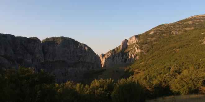 Dobrotvorna turističko-rekreativna šetnja Niševačkom klisurom
