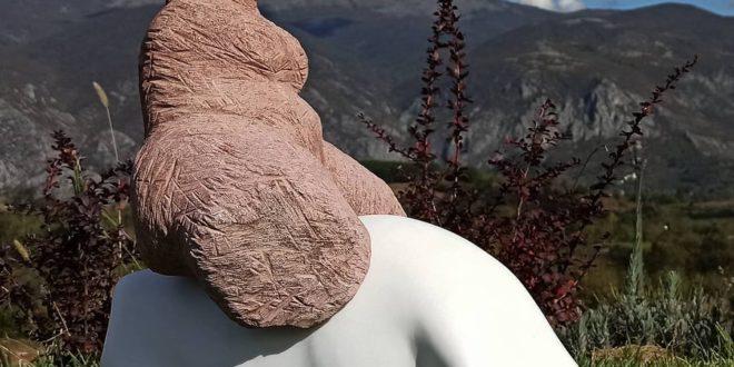 Vajar Petar Hranueli u Tamnjanici otkrio lepotu sićevačkog kamena